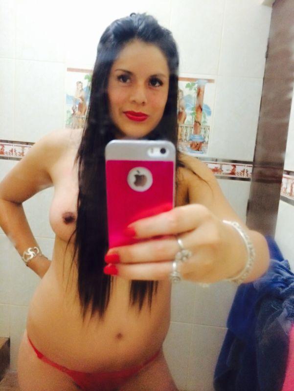 sexe cabine essayage fille sexy et nue