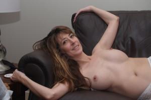 MILF sexy seins nus