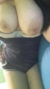 belle grosse poitrine
