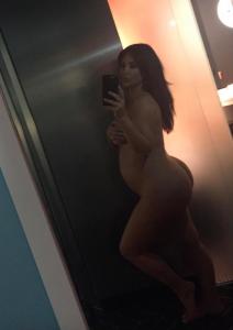 Kim Kardashian, son nouveau selfie nue enceinte